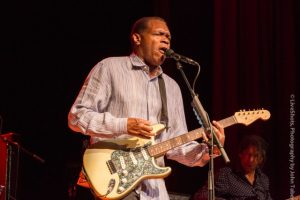 Blues Master Robert Cray Rocks The Veterans Memorial Building in Grass Valley